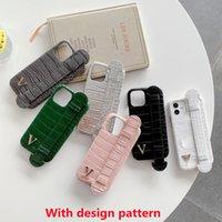 Telefon Kılıfları Tasarımcı Moda Lüks Exquisite iPhone 12 11 Pro Max XR XS 8 7 Renkli PU Tasarım Desen Bilek Kayışı Korumak için