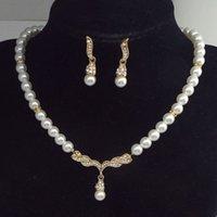 Diamond Angel Ala Ala Orecchini per perle Collana Vestito Attiltura di alta qualità Aragosta Aragosta Braw Bottone Maglione Catena Gioielli da donna Regali gioielli