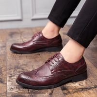 Mens Dress Shoes lace up Elegent Black red Leather Shoes Men Oxfords Fashion British Design Men Dress Formal wedding Party Shoes
