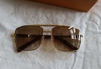 Классическое отношение квадратные солнцезащитные очки золотые металлические рамки коричневые градиентные линзы солнцезащитные очки мужчины UV400 Protecton Eyewear с корпусом
