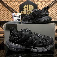 Zapatillas de zapatillas de zapatillas de zapatillas de paris de la mejor calidad Triple S Luxurys Designer DAD PAPA COMBINADOR CRISTAL CRISTAL HOMBRES HOMBRES MUJER MODA Sneaker con caja