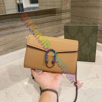 2021 Mode Luxurys Designer Messenger Bags Vintage Crossbody Bag Klassische Frauen Top Qualität Schulter Hufeisendruck Schnalle Geldbörse Leder Handtaschen Brieftasche
