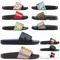 Chinelos masculinos 2021 Designers de moda feminina slides lisos chinelos sandálias florais flores listradas cobra mulher verão chinelo com caixa luxurys mocassins homem