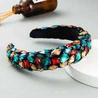 Yeni Barok Tasarım Sünger Ve Kadife Kafa Tam Dekore Çok Tipi Renkli Büyük Yapay Kristaller Güzel Saç Bandı 854 Q2