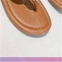 Düz Sandal Kadınlar Lüks Tasarımcıları Sandalet Tasarımcıları Lüks Kız Slaytlar Sandalias Casual Flip Flop Boyutları 35-43 23 Renk Boyutu Kutusu Ile Doğru
