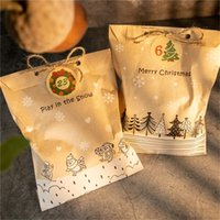 Christmas Decorations Craft Kraft Paper Gift Bags Party Favor Packing Pack Set Cookies Pouch With Xmas Stickers Play In The Snow