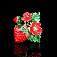 Cute Classic Red Strawberry Flower Brooch For Women Ladies Party Gift Hat Accessories Fruit Flower Brooch Female Party Gift