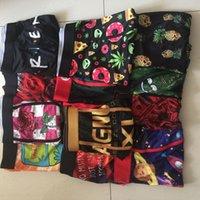 Styles aléateux Imprimer Sous-vêtements Men Unisex Boxers Sports Floral HiPHop Skateboard Street Street Streched Legging Mix Couleur S-2XL