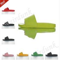 [Con caja] 2021 Venta de zapatos Piscina Mujeres Zapatillas Sandalias Pares De Moda Playa Para Hombre Rayas Sin deslizamiento Indoor Flip Flip Slipper Slipper