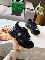 30٪ خصومات متناكة عارضة الأحذية المنخفضة الرجال الأحمر أسفل حذاء رياضة شقة مع جودة عالية في الهواء الطلق الرياضية الترفيه الشقق sneake