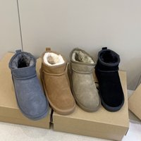 2021 Designer New Women Ankle Boots High Quality Non-Slip Flat Plush Cotton Shoes Luxury Slip-On Ladies Snow Booties Winter Wear Warm Fur Casual Shoe Comfortable
