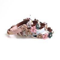 Pet Supply Leder Hundehalsbänder PU mit Blumenkrawatte Einfache Blumen für kleine Hunde NHB6154
