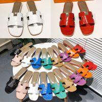 [Con caja] clásicos preferenciales zapatos de mujer zapatos de alta calidad sandalias planas de cuero sandalias de moda deslizante caucho damas playa mujer zapatillas zapato