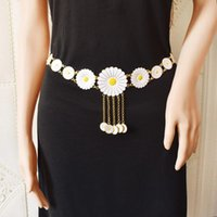 Fashion Golden Metal Daisy Flower Cinch Waist Chain And Bracelet Set For Ladies Bohemian Summer Beach Party Accessories Earrings & Necklace