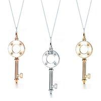 TIF Alta calidad 925 Sterling Silver Clock Tecla colgante colgante colgante para las mujeres (oro rosa de oro, platino opcional)