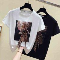 GKFNMT Корея Белая футболка Женщины Одежда O-образным вырезам Лето с коротким рукавом аппликации старинные футболки The Tops повседневная черная футболка FEMME 210331