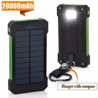 Banque Solar Power Bank 20000MAH Dual USB Port 2.1A Chargeur rapide Powerbank avec lumière LED pour une charge de téléphone intelligente