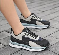 Hombres Mujeres Running Zapatos Triple Negro Blanco Red Lemen Verde Yellow Gold Trainers Deportes Deportes Zapatillas Dos