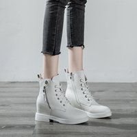 Fall 2021 Leather Martin Boots Women Height Increasing Insole Lace up Casual Women Ankle Boots Side Zipper Women Womens Skim-Fit Boots