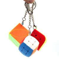 Dekompressionswürfel Schlüsselanhänger Finger Spielzeug 3,5 cm Mini Gedämpfte Brotwürfel Blatt Drei Körper Keychain Tasche Anhänger 3x3 Speed Puzzle mit Box L611RVVK