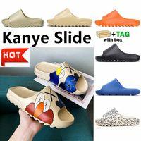 Kanye Clog Sandal West Yeezy Yeezy Yeezys YEZZZY YEZZYS HOMBRES HOMBRES BLACK TIENDIENTES SHIBPER Hueso Resina Desierto Tainers para mujer Diseñador de la playa Sandalias Slip-on Graffiti Zapatos de goma