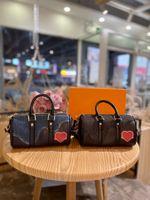 Crossbody حقائب اليد حقيبة مصمم حقائب جلدية عالية السعة حقائب اليد مساء حزب التسوق المناسبات ألوان مختلفة مع التعبئة والتغليف رائعة بالجملة