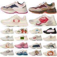 2021 Rhyton Rahat Ayakkabılar Vintage Deri Sneakers Erkekler Bayan Tasarımcıları Chaussures Bayanlar Moda Beyaz Kalın Taban Eğitmen Baba Ayakkabı 620185 99 WF0 4371