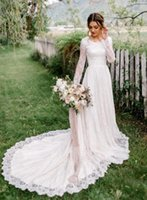 Vintage Lace A-line Modest Wedding Dresses With Sheer Long Sleeves Round Neck Corset Back 2020 New A-line Modest Bridal Gowns Wit