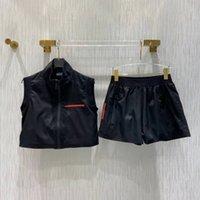 Trajes de mujer Sets de dos piezas Chaqueta de chaleco y pantalones cortos con letras con cremallera Ajuste para lady Slim Abrigos Chalecos Red Pattern S-L