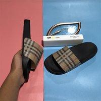 최고 품질 남성 여자 디자이너 고무 구두 슬라이드 샌들 신발 여름 해변 야외 멋진 슬리퍼 패션 레이디 슬라이드 플랫 플립 플롭 상자 크기 36-45EUR