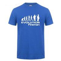 Bir itfaiyeci itfaiyeci evrimi T-shirt komik doğum günü hediyesi erkekler için baba baba koca erkek arkadaşı yuvarlak boyun pamuk t gömlek 210420