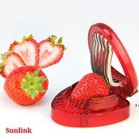 Strawberry Slicer Obstwerkzeug Neue Kunststofffrucht Carving Messerschneider mit 7 Edelstahl-scharfen Klinge Kitchen Gadgets OWF11067