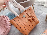 Top Qualität Weibliche Lash-Tragetaschen 2021 Handtaschen Nachahmung Marken Luxus-Designs Clutch Brown-Farbgeldbeutel und Original-Blumenbranche