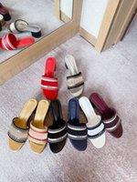 Más nuevos de verano para mujer tacones altos zapatillas sandalias de sandalias de sandalias casuales desgastadas bloques tacón sandalias al aire libre compras letras zapatillas con b