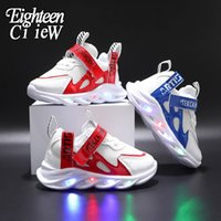 Size 21-30 New LED Children Glowing Shoes Baby Luminous Sneakers Boys Lighting Running Shoes Kids Breathable Mesh Sneakers