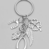 Fashion New Hand Fatima Wings Clover Good Luck Horseshoe Fish Bone Pendant Key Chain Ring Keychain Package Decoration Gift 1pcs