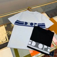 2021 Mens T-shirt Designer Mode bestickter Buchstaben Druck Hohe Qualität Atmungsaktive Baumwolle Damen Kurzarm T-Shirt Schwarz Und Weiß Solide Farbstil