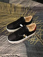 Gucci casual shoes Мужчины женщины повседневные модные кроссовки скейтбординг обувь туз пчелы вышивка досуг спортивный фитнес Chaussures de Sports налейте Hommes