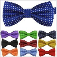 2021 NOUVEAU Kids Bowties Cravates pour hommes Cadre d'arc d'homme Bois Bow Cravate Pure Color Couleur Bowtie Star Vérifiez les rayures Polka Dot Stripes