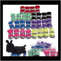 اللوازم الرئيسية حديقة إسقاط التسليم 2021 4pcsset تهوية الأحذية الأحذية مع شريط عاكس آمن الأحذية الناعمة وحيد مريحة الكلب الملابس ل