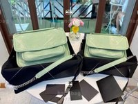 맨 위 남성 여성 어깨 가방 세련된 아보카도 그린 디자인 대용량 여행 신문 곡물 단순 스트라이프 부드러운 가죽 캐주얼 통근 메신저 가방
