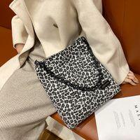 مصمم سلسلة زيبرا الحيوان يطبع حقيبة مصمم للنساء 2021 حقائب فاخرة أنثى سعة كبيرة قماش عارضة حمل bolsos موهير