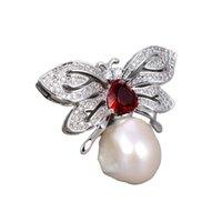 GUAGUAI Takı Hayvan Kelebek Kübik Zirkonya Mikro Açacağı Gümüş Renk Kaplama Beyaz Keshi Inci Broş Sevimli Kadınlar Lady Moda Jewellry