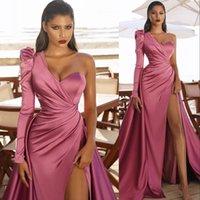 2021 Sexy Dusty Pink Evening Dresses One Shoulder Satin Side Split Sheath Dubai Arabic Party Dress Floor Length Celebrity Prom Gowns