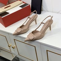 مثير حساسة الكلاسيكية النساء اللباس أحذية محدودة الطبعة 4 سنتيمتر 8 سنتيمتر كعب شؤون الأعمال حذاء الراحة الديكور مشبك شرائط المسامير مع مربع
