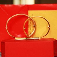 Braceletes de Aço Inoxidável 316L Pulseiras de Prata Rosa Pulseira de Ouro Bangles Mulheres Parafuso parafuso Chave de Fenda Casal Pulseira Jóias de Noivado de Casamento com Caixa De Conjuntos