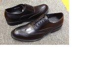 Simples Britânico Couro Masculino Lace-Up Bullock Bull Buckle Mocassim Sapatos De Couro Vermelho Botão Mocassins Brilhante Mocassin Business Casual Tamanho Grande