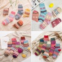 Сторона поставляет осенью зима толстые и теплые дамы этнические носки в стиле повседневные национальные носки рождественские подарок HWF8064