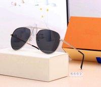2021 Männer Mode Branded Aviator Sonnenbrillen für Frauen Luxus Designer Sonnenbrasse Top Marke Womens Sun Glassess Legierung Full Frame Polarized Brillen UV400 Brillen