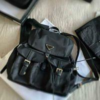 للجنسين الأسود الفاخرة النايلون حقيبة الظهر مصمم الرجال حقيبة متوسطة الحجم متعدد جيب المرأة حقيبة مدرسية